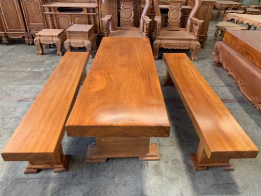 Kệ tivi 3 tấm gỗ với chất gỗ tự nhiên
