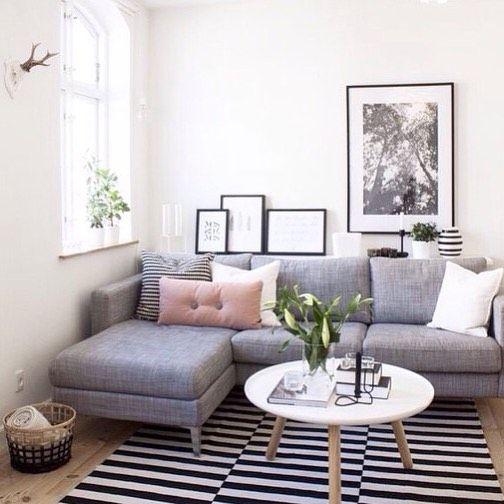 Thiết kế đơn giản nhẹ nhàng của mẫu sofa phòng khách