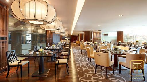 Thiết kế nội thất làm không gian nhà hàng thêm sang trọng, ấn tượng
