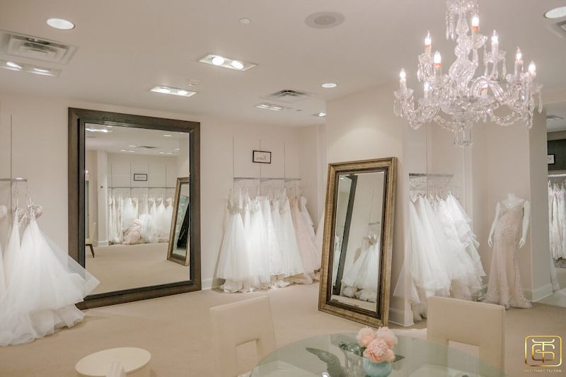 Showroom trưng bày áo cưới đẹp sang trọng - M6